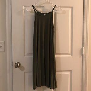 🚨5/$20!!! Like new army green halter dress